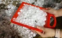 Bắc Kạn: Mưa đá ngày 30 tết làm thủng hàng trăm mái nhà