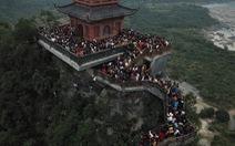 Du khách hài hước 'đổi tên' chùa Tam Chúc thành Chen Chúc vì quá tải