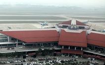 Cách ly 2 hành khách Trung Quốc sốt cao khi bay từ Chu Lai đến Hà Nội