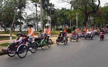Lãnh đạo tỉnh Thừa Thiên Huế đối thoại với người đạp xích lô du lịch