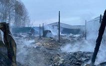 Cán bộ ĐSQ Việt Nam đến hiện trường vụ cháy ở Nga, nghi cả 8 nạn nhân là người Việt