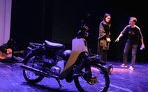 Cô gái và chiếc xe máy: Nhạc kịch hấp dẫn về người trẻ