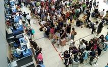 Kiểm tra chặt khách Trung Quốc đến sân bay Cam Ranh vì bệnh viêm phổi lạ