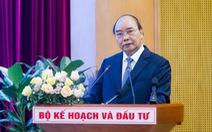Thủ tướng Nguyễn Xuân Phúc: Đầu tư công còn bóng dáng ban phát