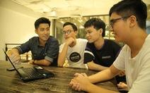Bạn trẻ ở vùng dịch làm phần mềm 'chống ngủ gục' khi học online