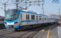 Chở 51 toa tàu metro Bến Thành - Suối Tiên bằng xe chuyên dụng