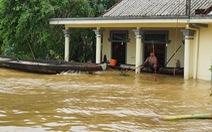 Trực tiếp: Bão số 6 đang đổ bộ gây gió mạnh và ngập sâu tại nhiều tỉnh miền Trung