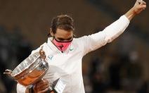 Thắng 'gọn' Djokovic, Nadal lần thứ 20 vô địch Grand Slam