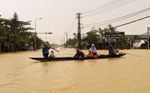 Cận cảnh rốn lũ cuối dòng sông Hương