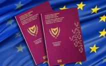 Sau khi cấp định cư gần 2.500 người khắp thế giới, Cyprus tạm ngừng 'hộ chiếu vàng'