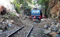 Thông đường sắt Bắc - Nam sau nhiều ngày ách tắc