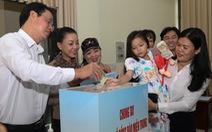 Người dân, học sinh TP.HCM chung tay góp 7,7 tỉ hỗ trợ đồng bào miền Trung