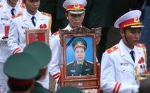 Hàng ngàn người vĩnh biệt, đưa linh cữu 13 chiến sĩ, cán bộ về quê nhà