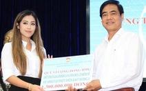 Con gái Johnathan Hạnh Nguyễn trao 3,3 tỉ cho miền Trung và gia đình 13 liệt sĩ Rào Trăng 3