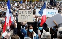 Người Pháp xuống đường: 'Tôi không sợ, chúng tôi không sợ'