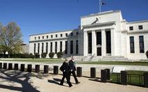 Fed tiếp tục cấm các ngân hàng mua lại cổ phiếu trong quý IV/2020