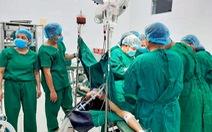 Cứu thai phụ bị vỡ tử cung, mất 2 lít máu khi đang mang bầu 3 tháng