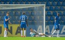 Thủ môn Việt kiều Filip Nguyen chơi xuất sắc trong trận thắng ở Europa League