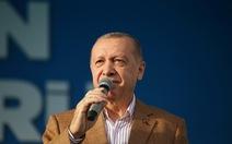 Tổng thống Thổ Nhĩ Kỳ cương quyết đối đầu tổng thống Pháp