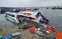 Lý Sơn tan hoang nhà cửa, hàng loạt tàu thuyền bị đánh chìm