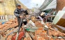 Hãy cùng Tuổi Trẻ dựng lại mái nhà cho vùng bão lũ