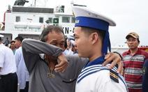 12 giờ sinh tử của tàu cá giữa cuồng nộ bão biển: Tưởng đã chết rồi!