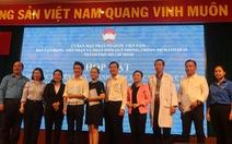 TP.HCM tặng hơn 1,6 tỉ đồng cho các y bác sĩ, chiến sĩ tuyến đầu chống dịch COVID-19