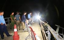 Phó thủ tướng chỉ đạo xử lý vụ ôtô tông xe máy rơi sông, 5 người chết