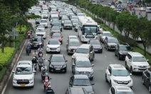 Hướng vào trung tâm TP.HCM rối loạn do cấm cầu Nguyễn Hữu Cảnh