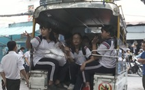 TP.HCM hơn 21.000 học sinh đi học bằng xe đưa rước, giảm 8 lần sau 7 năm