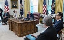 Ông Trump dừng đàm phán với Đảng Dân chủ về dự luật cứu trợ giảm tác động của COVID-19