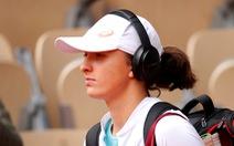 Iga Swiatek: tay vợt mê âm nhạc viết nên lịch sử ở Roland Garros 2020