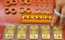 Giá vàng nhẫn chênh lệch cao, kích giá USD đi lên