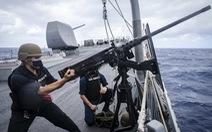 Tàu khu trục Mỹ thách thức Trung Quốc ở Hoàng Sa