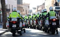 Vuelta a Espana kết thúc rồi vẫn chưa yên, 45 cảnh sát bảo vệ nhiễm virus corona