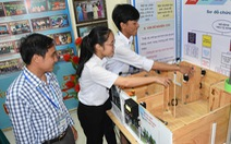 Học trò trường huyện thiết kế nhà vệ sinh thông minh