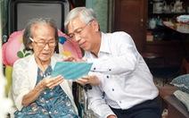 Lãnh đạo TP.HCM thăm gia đình cố giáo sư Trần Văn Giàu nhân 20-11