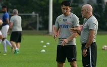 Bóng đá Malaysia 'rối tung rối mù'