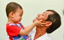 'Gỡ' áp lực cho người hiếm muộn, chậm có con