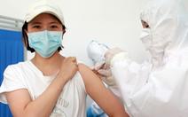 Công ty Trung Quốc thông báo đã chích vắc xin COVID-19 cho cả triệu người
