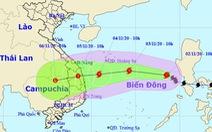 Bão số 10 mạnh cấp 7-8 khi vào Phú Yên - Đà Nẵng, tiếp tục gây mưa lớn ở miền Trung
