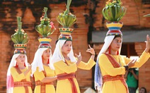 Tái hiện lễ hội Katê rực rỡ sắc màu của người Chăm
