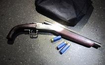 Vụ nổ súng hoa cải ở Thái Bình vì mâu thuẫn tranh giành khách?