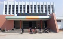 Không khởi tố vụ án giám đốc trung tâm văn hóa huyện mang chuông bán đồng nát
