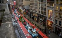 Người New York thưởng thức diễu hành lễ Tạ ơn một cách rất khác