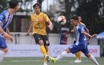 Các ngôi sao V-League khuấy động bóng đá phong trào TP.HCM