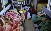 Đưa 2 bệnh nhân nguy kịch từ đảo Cù Lao Chàm về đất liền