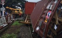 Vụ tàu hỏa tông đứt đôi container do trực ban quên báo tàu cho gác chắn