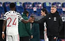 HLV Solskjaer từ chối nói về nguy cơ bị sa thải sau trận thua Istanbul Basaksehir