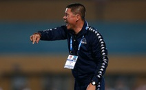 Chửi bậy trên sân, HLV Chu Đình Nghiêm bị cấm chỉ đạo 1 trận